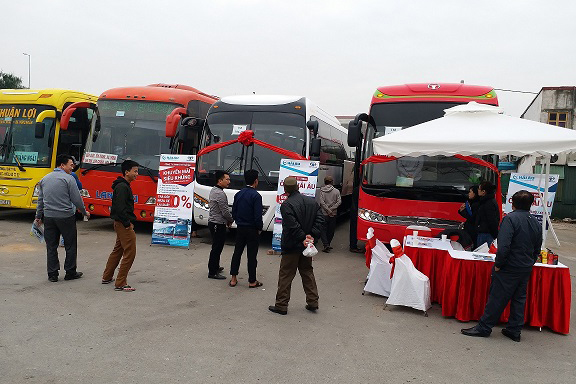 Trưng bày và giới thiệu Daewoo Bus FX120 và BX212