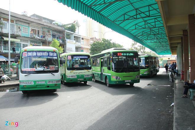 TP.HCM nói xe buýt ế ẩm vì bị Grab, Go-Viet cạnh tranh