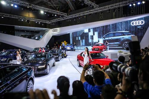 Triển lãm ôtô lớn nhất Việt Nam khai mạc